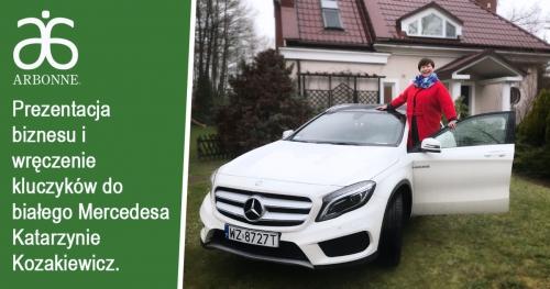 Arbonne - prezentacja biznesu i wręczenie kluczyków do białego mercedesa Katarzynie Kozakiewicz.