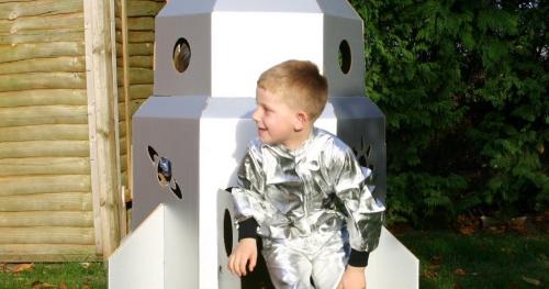 Budowa rakiet z materiałów z recyklingu - warsztaty dla dzieci w wieku 6-10 lat, godz 15.00