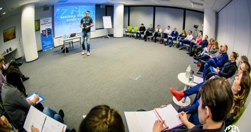 10 RZECZY, KTÓRE ROBIĄ LUDZIE PEWNI SIEBIE - warsztaty Klubu Treningu Mentalnego - Warszawa
