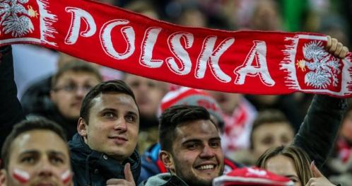 Wspólne oglądanie meczy Polaków - strefa kibica elbląskich przedsiębiorców