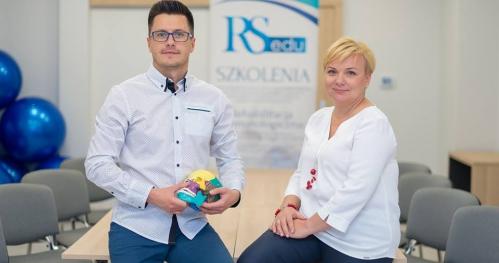 Innowacyjna okluzja i fizjoterapia stomatologiczna w leczeniu Pacjentów z bólami głowy, kręgosłupa i wadami postawy