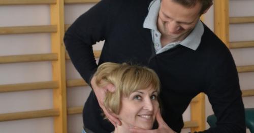 Manualna terapia dysfagii