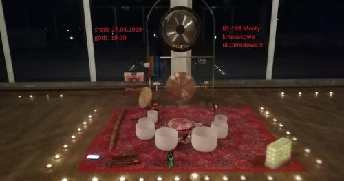 Relaks w Dźwiękach Gongów i Mis Kryształowych