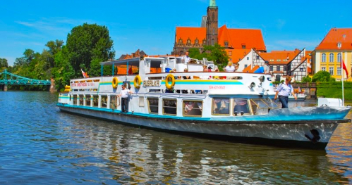 Impreza Świetojańska 4h rejs na statku Rusałka we Wroclawiu