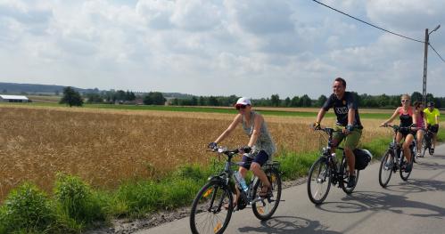 rajd rowerowy z wiceministrem Waldemarem Budą w łódzkim wschodnim - Wiączyń, Brzeziny, Wzniesienia Łódzkie