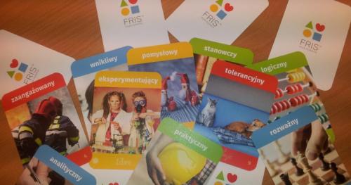 Różne style myślenia a skuteczna komunikacja w biznesie - Festiwal FRIS® online