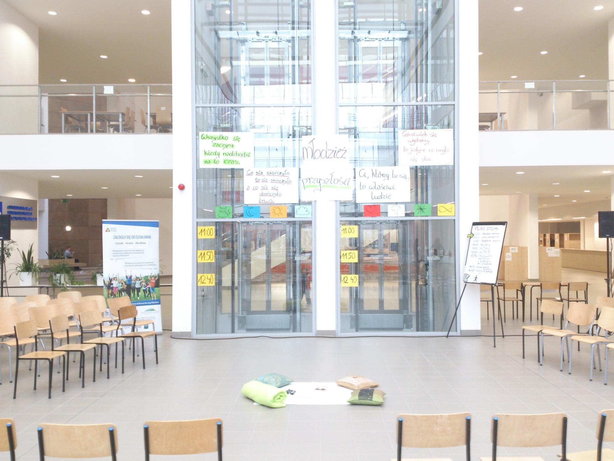 Fot. Andrzej Łapkowski. Zdjęcie pochodzi z konferencji prowadzonej metodą Open Space, zorganizowanej przez Fundację Dobre Życie.