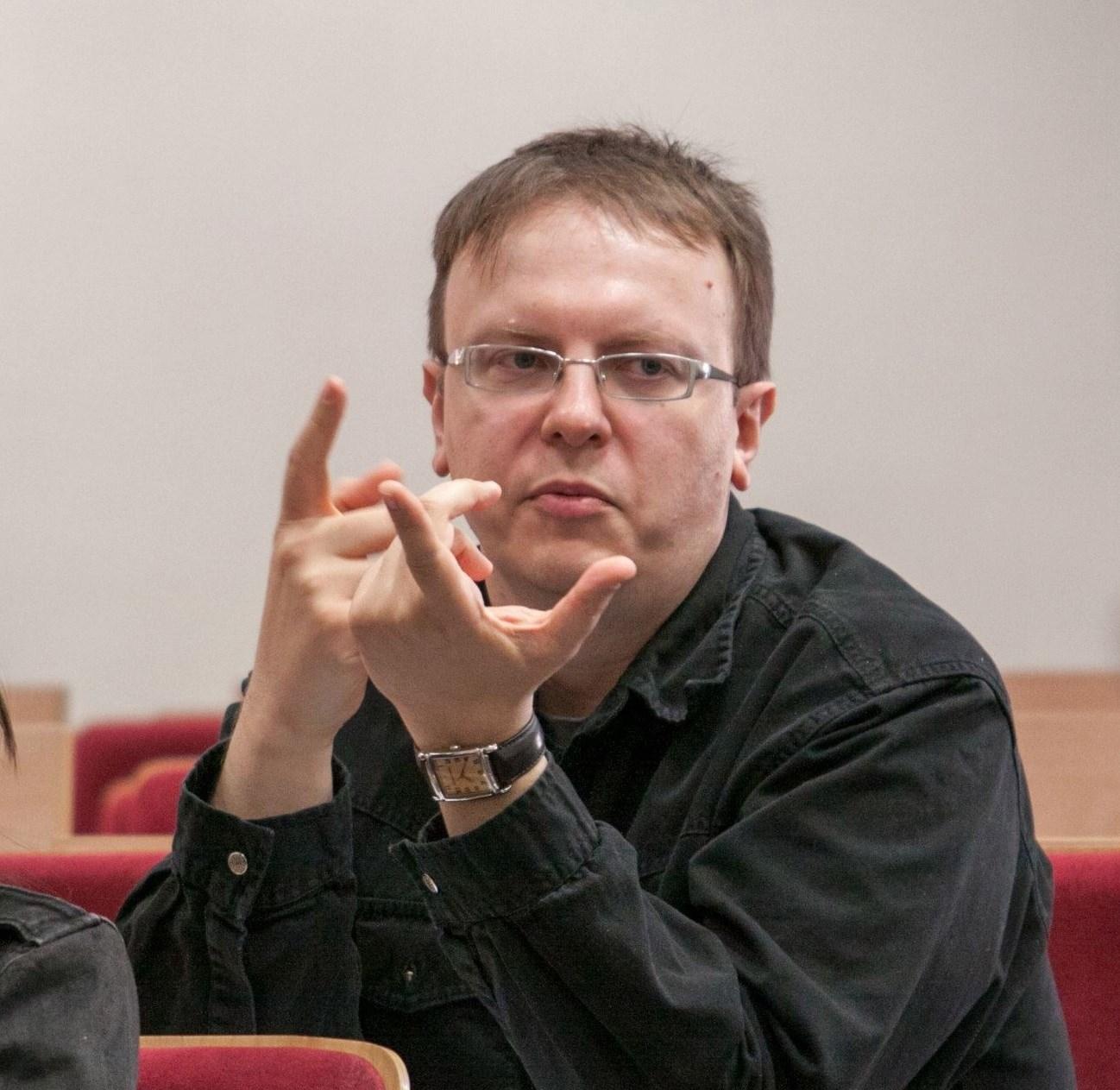 dr Piotr Kaczmarek-Kurczak